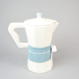 Moka caffettiera con fiocco colore avio.