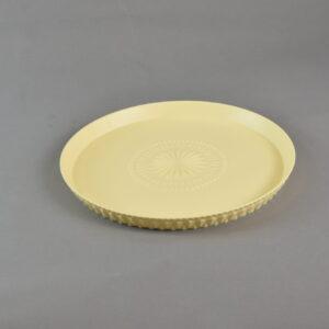 Piatto service  colore vaniglia chic & greige in resina.