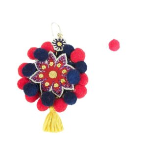 Orecchino artigianale pon pon colore rosso/blu..