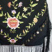 Borsa lavorazione artigiana fiori colore nero/rosa antico con frange.