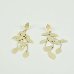Orecchini  con foglie colore oro