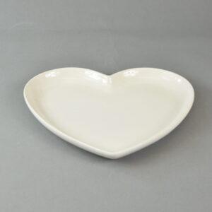 Piatto a forma di cuore Fiorirà un Giardino in stoneware 21 x 23 cm color panna