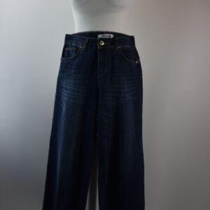 Pantalone jeans mara art.3881/t522/c366 gaucho colore blu notte.