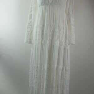 Fuoriacqua dis 158 art 6005 col.2 fuoriacqua abito lungo pizzo  col.2 bianco.