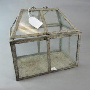Casetta di vetro