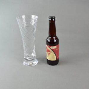 Bicchiere+birra. stbee.che01 set 1 bicchiere+birra artigianale 33ml.etichetta rossa.